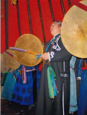 sámán2