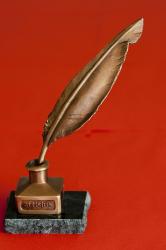 nagydijas-bronszszobra