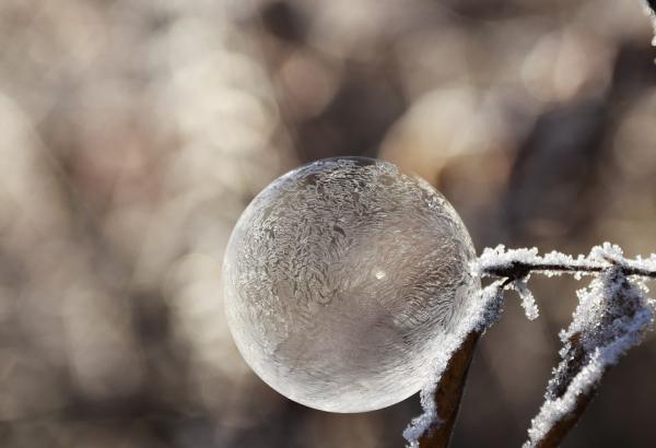 bubble-1893368_960_720