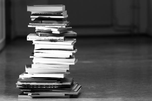 books-2300910_960_720