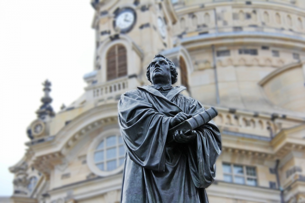 martin-luther-617287_960_720
