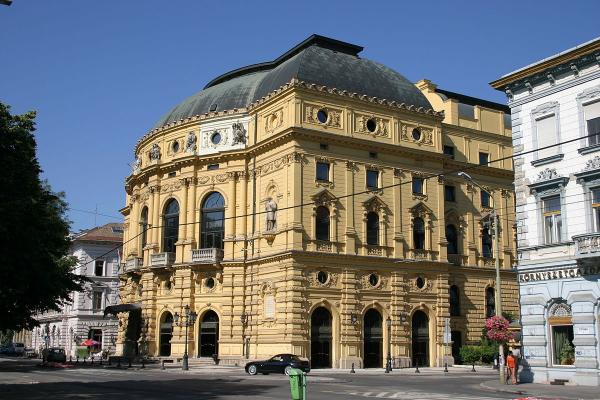 Szegedi_Nemzeti_Szinhaz_epulete