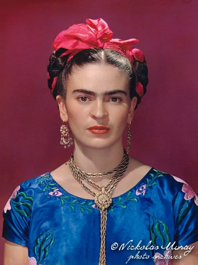 frida-in-blue-dress