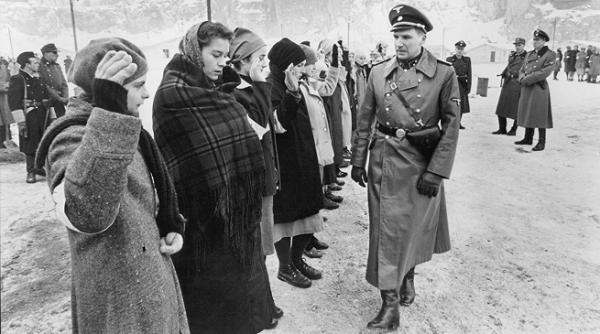 Schindler_listaja._Urania_jpg