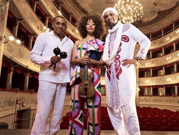 getcloser-koncert-aguas-trio-aktualis-r