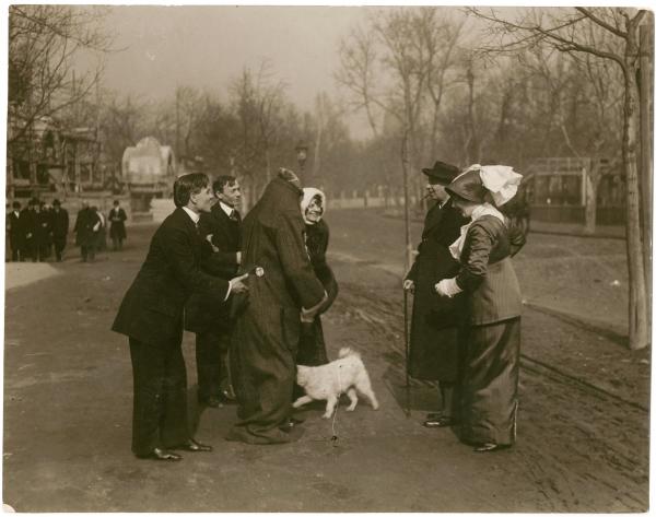 2640-1949_utcan_kutyaval