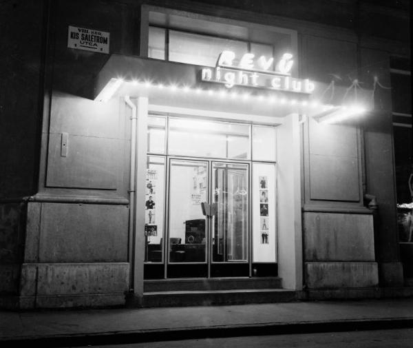 Kis_Saletrom_utca_1._Revu_night_club.