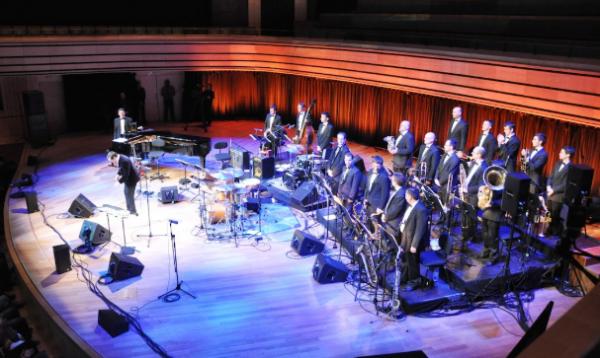 Modern Art Orchestra2