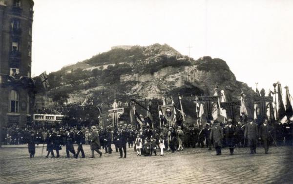 Trianon_elleni_tuntetes_1929