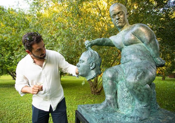 szobrok_a_kertben_7