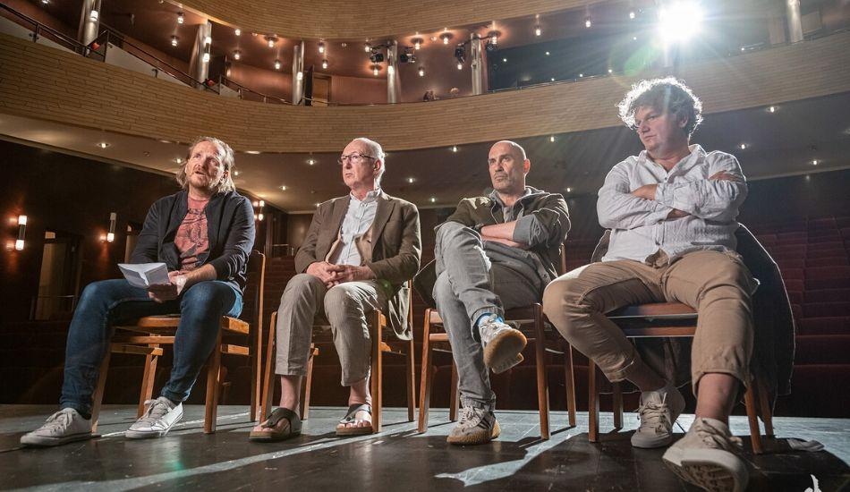 Félbeszakadt évadát folytatja a Vörösmarty Színház