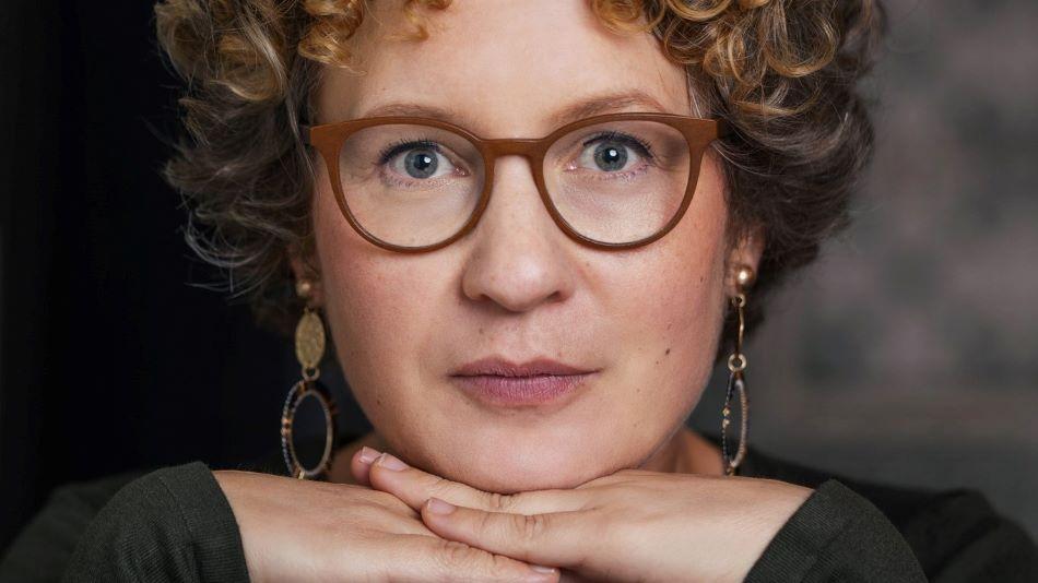 """""""Nem hittem, hogy bárkit is érdekelhet egy negyvenéves lúzer története"""" – Beszélgetés Rebecca Maria Salentin német íróval"""